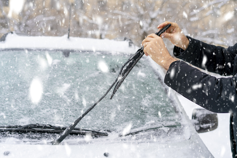 Winter-windshield-wipers